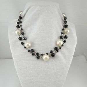 Jewelry - Gorgeous 2 Strand Black Glass Faux Pearl Necklace